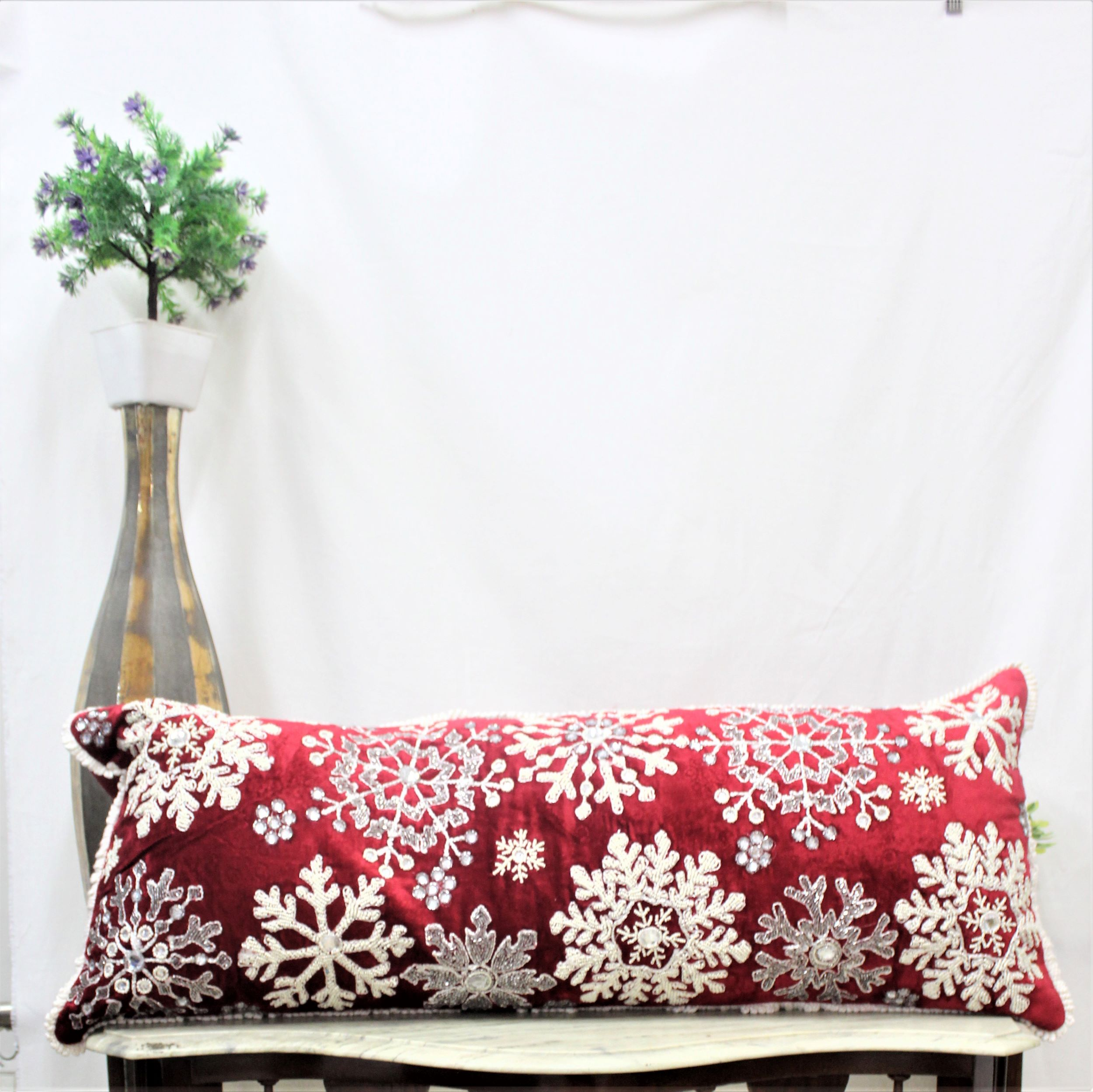 Beaded Snowflake Pillow Inertia Handicrafts